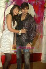 Shaleen Bhanot, Daljeet Kaur at Taz_s film mahurat Chal Joothey in Blue Waters on 10th Feb 2011 (57).JPG