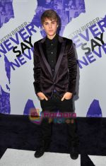 at Justin Bieber Never Say Never premiere on 10th Feb 2011 (38).JPG