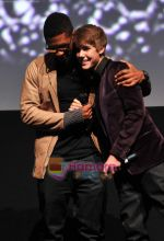 at Justin Bieber Never Say Never premiere on 10th Feb 2011 (4).JPG
