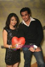Parul Chaudhary, Yash Pandit at TV birthday bash of actor Parul Chaudhry in Amboli on 11th Feb 2011 (7).JPG