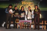 Rani Mukherjee, Devita Saraf, Lalit Pandit at the launch of www.womenscricketworld.com in J W Marriott, Juhu, Mumbai on 11th Feb 2011 (18).JPG