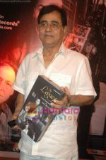 Jagjit Singh at the launch of Zakir Hussain Album The Legacy by Ustad Sultan Khan and his son Sabir Khan in Juhu on 21st Feb 2011 (49).JPG
