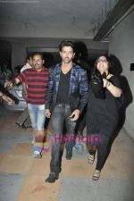 Hrithik Roshan at the Launch of Suzanne Roshan_s The Charcoal Project in Andheri, Mumbai on 27th Feb 2011 (2).JPG