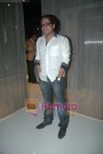 Shamir Tandon at Sunidhi Chauhan_s dinner party in Andheri on 3rd March 2011 (2).JPG