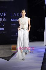 on day 1 Lakme Fashion Week for designer Anamika Khanna in Tote on 10th March 2011 (115).JPG