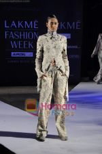 on day 1 Lakme Fashion Week for designer Anamika Khanna in Tote on 10th March 2011 (72).JPG