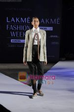 on day 1 Lakme Fashion Week for designer Anamika Khanna in Tote on 10th March 2011 (89).JPG