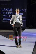 on day 1 Lakme Fashion Week for designer Anamika Khanna in Tote on 10th March 2011 (92).JPG