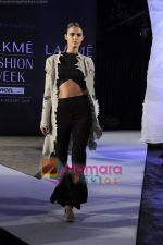 on day 1 Lakme Fashion Week for designer Anamika Khanna in Tote on 10th March 2011 (94).JPG