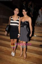 Amrita Arora, Sophie Chaudhary at Manish Malhotra show at Lakme Fashion Week 2011 Day 2 in Grand Hyatt, Mumbai on 12th March 2011 (127).JPG