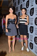 Amrita Arora, Sophie Chaudhary at Manish Malhotra show at Lakme Fashion Week 2011 Day 2 in Grand Hyatt, Mumbai on 12th March 2011 (6).JPG