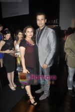Rohit Roy at Anita Dongre show at Lakme Fashion Week 2011 Day 3 in Grand Hyatt, Mumbai on 13th March 2011 (2).JPG