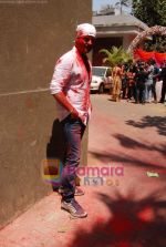 Rohit Roy at Ekta Kapoor, Sanjay Gupta and Kiran Bawa_s holi bash in Versova, Mumbai on 19th March 2011 (5).JPG