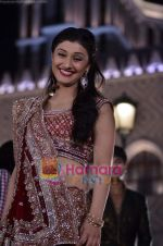 Ragini Khanna at Star Pariwar Awards promo shoot on 3rd April 2011 (7).JPG