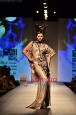 Model walks the ramp for Gaurav Gupta show on Wills Lifestyle India Fashion Week 2011-Day 4 in Delhi on 9th April 2011 (42).JPG