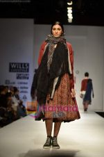 Model walks the ramp for Pero show on Wills Lifestyle India Fashion Week 2011 � Day 4 in Delhi on 9th April 2011 (47).JPG