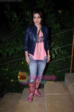 Soha Ali Khan on the sets of Soundtrack in Bandra, Mumbai on 9th April 2011 (2).JPG