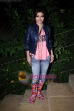 Soha Ali Khan on the sets of Soundtrack in Bandra, Mumbai on 9th April 2011 (4).JPG