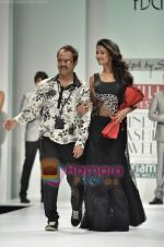 Sonal Chauhan walks the ramp for Sylph By Sadan show on Wills Lifestyle India Fashion Week 2011-Day 4 in Delhi on 9th April 2011 (14).JPG