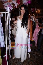 Sonal Chauhan at Elle breast cancer Carnival in Taj Colaba, Mumbai on 10th April 2011 (7).JPG