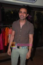 Mayank Anand at Mal Store Launch in Juhu on 12th April 2011 (3).JPG