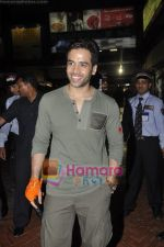 Tusshar Kapoor promote SHor in The City in Inorbit Mall, Malad, Mumbai on 16th April 2011 (6).JPG
