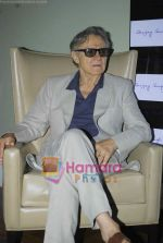 Harvey Keitel ties up with Bollywod producer of film Udaan Sanjay Singh in Colaba on 20th April 2011 (2).JPG