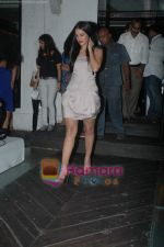 Neha Dhupia at the launch of singer Apoorv_s album in Vie Lounge on 21st April 2011 (2).JPG