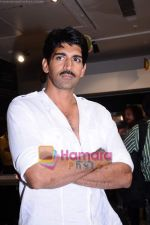 Rahul Singh at the music launch of the film Stanley Ka Dabba in Landmark, Mumbai on 21st April 2011 (3).JPG