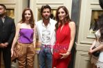 Suzanne & Hrithik Roshan with Farah Khan  at Fine Jewellery Store Launch in Delhi on 21st April 2011.JPG