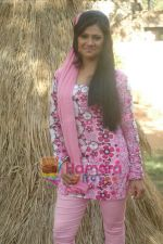 at Bhojpuri film Damad Chahi Fokat Mein shoot in Madh on 22nd April 2011 (25).JPG