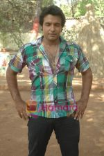 at Bhojpuri film Damad Chahi Fokat Mein shoot in Madh on 22nd April 2011 (46).JPG