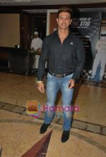 Sahil Khan at the launch special issue of BBC Top Gear magazine in Taj Land_s End on 27th April 2011 (87).JPG