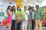 Shilpa Shukla, Shweta Verma, Caterina Lopez, Prashant Narayanan, Pawan Malhotra at Film Bhindi Bazaar Inc music launch in Radio City 91.1 FM, Babdra, Mumbai on 27th April 2011 (8).JPG