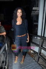 Sheetal Mallar at Vinay Pathak_s special screening of Chalo Dilli in PVR on 28th April 2011 (6).JPG
