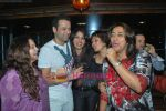 Rohit Roy, Anu Ranjan at Suhas Awchat_s Goa Portuguesa launch in Lokhandwala on 5th May 2011 (3).JPG
