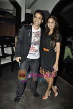 Amrita Arora, Tusshar Kapoor at the Success bash of Shor in the City in Fat CAt Cafe, Mumbai on 6th May 2011 (13).JPG