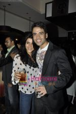Tusshar Kapoor, Ekta Kapoor at the Success bash of Shor in the City in Fat CAt Cafe, Mumbai on 6th May 2011 (33).JPG