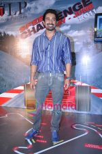 Rannvijay Singh at Louis Phillipe Speed challenge in Oberoi Mall on 12th May 2011 (6).JPG