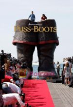Salma Hayek at Puss in boots cannes premiere on 11th May 2011 (7).jpg