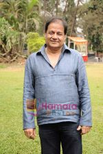 Anup Jalota at Anup Jalota_s film Neil Ko Pakadna on location in Filmcity on 16th May 2011 (5).JPG