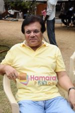 at Anup Jalota_s film Neil Ko Pakadna on location in Filmcity on 16th May 2011 (9).JPG
