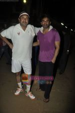 Sunil Shetty, Mahesh Manjrekar at CCL practice session in Santacruz, Mumbai on 23rd May 2011 (4).JPG