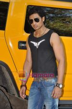 Shiv Pandit at Shaitan film photo shoot in Mehboob Studios on 25th May 2011 (11).JPG