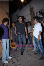 Wasim Akram at Karan Johar_s birthday bash from Mannat on 25th May 2011 (2).JPG