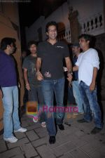 Wasim Akram at Karan Johar_s birthday bash from Mannat on 25th May 2011 (3).JPG
