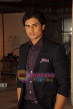 Shiv Pandit at Shaitan film on location in Tulip Star  on 28th May 2011 (25).JPG