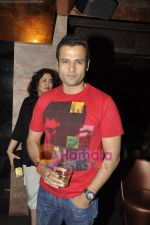 Rohit Roy at Trilogy in Juhu, Mumbai on 2nd June 2011 (2).JPG