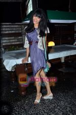 at Nandini Jumani_s birthday bash in Marimba Lounge on 2nd June 2011 (213).JPG