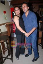 Sumeet Sachdev at Vikram Ram_s Soda the cult restaurant launch in Malad, Mumbai on 16th June 2011 (57).JPG